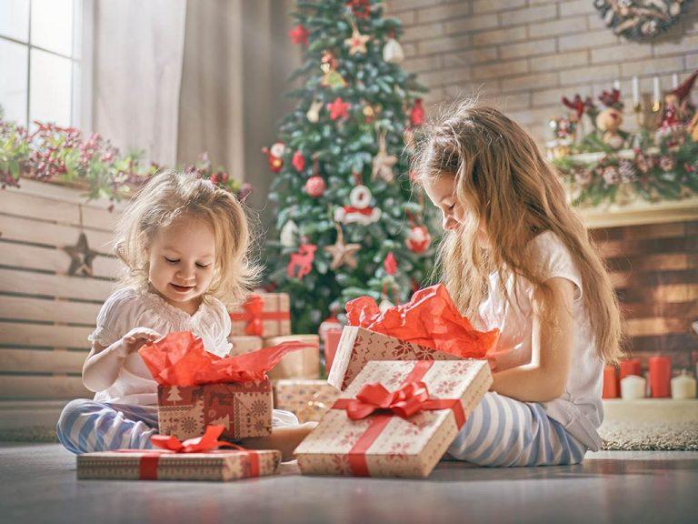 Cosa regalare a Natale a tuo figlio: 5 regali di lusso