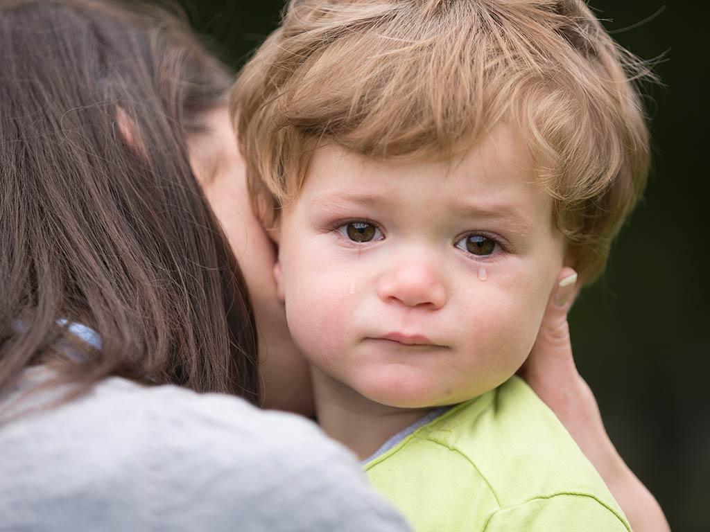 Reprimere le emozioni di tuo figlio: 3 errori da evitare
