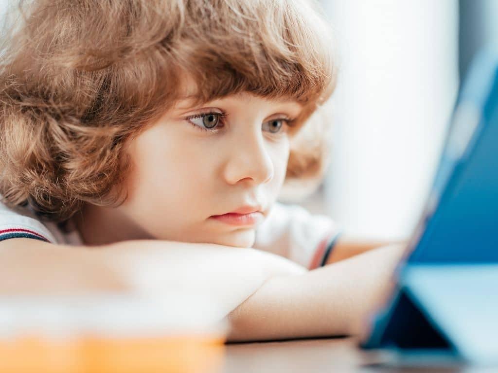 Genitori anaffettivi: 3 passi verso l'affettuosità